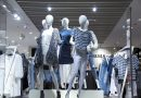 Could you help me, please? Intersectional field experiments on everyday discrimination in clothing stores